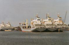 1990/1991 opgelegd in de Maashaven te Rotterdam, de 'Watergids', de 'Waterkoning', de 'Waterstoker',  de 'Waterdrager' en de 'Waterklerk'  http://koopvaardij.blogspot.nl/2014/05/uit-het-archief_24.html