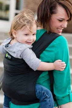 Baby wearing for toddlers and preschoolers: child carriers for kids up to 45 lbs | Offbeat Families