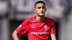 Fenerbahçe 10 numara pozisyonu için Twente'de forma giyen Hakim Ziyech ile anlaşmaya vardı.