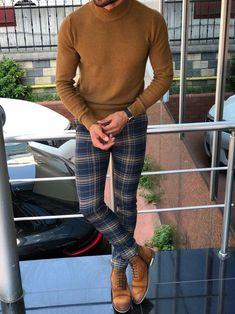 Macho Moda - Blog de Moda Masculina: Por que você PRECISA de mais Roupas em TONS TERROSOS? 5 Provas IMPOSSÍVEIS de ignorar! Turtleneck Fashion, Mens Turtleneck, Turtleneck Outfit, Men Sweater, Plaid Pants Outfit, Jumper Outfit, Moda Blog, Sophisticated Outfits, Pants Pattern