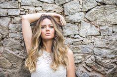 """65 curtidas, 2 comentários - Carla Barraqui (@carlabarraqui) no Instagram: """"Sabe quando a mulher tá plena com seu loiro por @andersonacouto e sua make bonitona por mim, essa…"""""""