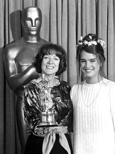 """51st Academy Awards® (1979) ~ Maggie Smith won the Best Supporting Actress Oscar® for her performance in """"California Suite"""" (1978). Presented by Brooke Sheilds. (Won 2 Oscars. Another 45 wins & 67 nominations)"""