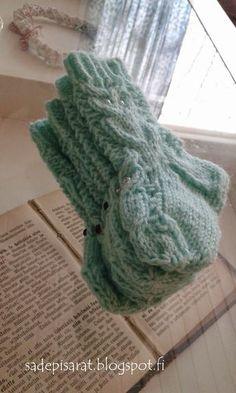 Mitten Gloves, Sock Shoes, Knitting Socks, Crochet, Tejidos, Bebe, Fingerless Gloves, Socks, Loom Knit