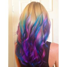 @Megan Chase you need to do this!!! It would be so gorgeous straight and curly! :D pleaseeeeee?!?