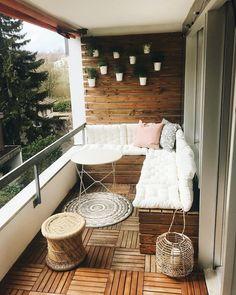 Trendy Small Balcony & Patio Decorating Ideas with Tips - Cozy Home 101 Small Balcony Design, Small Balcony Garden, Small Balcony Decor, Patio Balcony Ideas, Small Patio Ideas Townhouse, Balcony Bench, Balcony House, Balcony Tiles, Modern Balcony