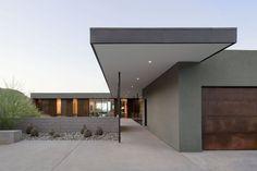 several modern homes in desert locations ++++
