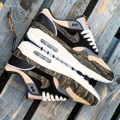 Hot sale – Page 12 – Shop Running Shoes Sneakers Mode, New Sneakers, Custom Sneakers, Casual Sneakers, Air Max Sneakers, Sneakers Fashion, Vintage Nike, On Shoes, Nike Shoes