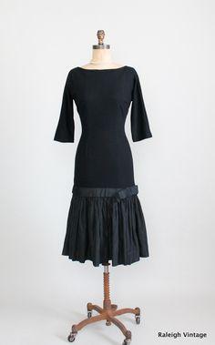 50s 60s Wiggle Dress