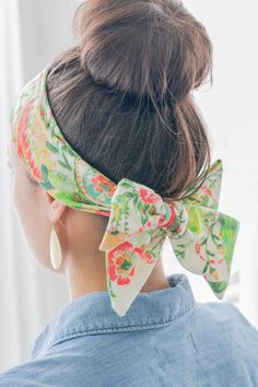 Easy Mom Hairstyle #1:  The Sock BunEasy Mom Hairstyle #1: The Sock Bun