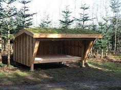 Shelter til byg-selv i 3,0 m bredde. Samtlige materialer medfølger - alt træ leveres i uafkortede længder. Fra 9.875,-