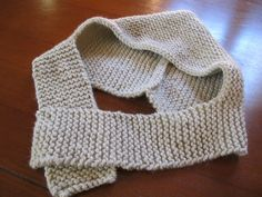 Pin on Tricotnono Crochet Shawl, Knit Crochet, Crochet For Kids, Neck Warmer, Baby Wearing, Baby Hats, Baby Knitting, Lana, Knitted Hats
