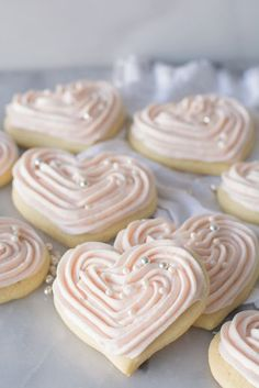 Sour Cream Sugar Cookies are so tender and soft. This cake-like cookie is made r… Sour Cream Sugar Cookies are so tender and soft. This cake-like cookie is made rich with sour cream and butter and will so become a family favorite. via Simply So Good Valentine Desserts, Köstliche Desserts, Delicious Desserts, Dessert Recipes, Valentine Sugar Cookies Recipe, Soft Sugar Cookie Recipe, Best Cutout Cookie Recipe, Cookie Cakes, Food Deserts