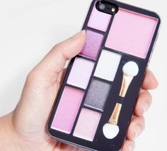 Check out this cute Makeup Compact iPhone 5 Case from Fred Flare! Not that you want to cover up your iPhone 5 especially if its the new gold edition Cool Iphone Cases, Cool Cases, Cute Phone Cases, 5s Cases, Coque Ipad, Coque Iphone, Smartphone, Makeup Phone Case, Portable Apple