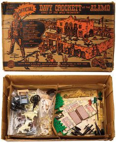Marx Toys' Davy Crockett 'King of the Wild Frontier' Alamo play-set in original box Vintage Toys 1960s, 60s Toys, Retro Toys, Plastic Toy Soldiers, Davy Crockett, Le Far West, Yesterday And Today, Toys Shop, Disney S