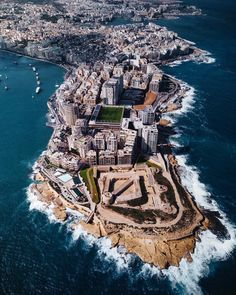 View of #Sliema from above! Whove been here or #visiting anytime soon? Featured #Photographer: @jos_awad Tag your #photos with #MaltaPhotography to get a chance to be #featured on @maltaphotography - www.mpify.com #drone #boat #building #marina #luxury #blue #picturesque #colours #island #jj #Malta #November #Photography #instagramhub #instafamous #photooftheday #picoftheday #lonelyplanet #travel #destination #worlderlust #beautifuldestinations #wonderful_places