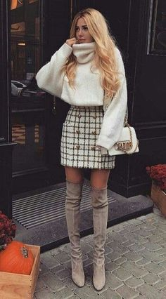 Get the Look: 25 Fall/Winter Street Style Trends – Part 2 – Ave Mateiu So. - Get the Look: 25 Fall/Winter Street Style Trends – Part 2 – Ave Mateiu Source by outfits Cute Fall Outfits, Winter Fashion Outfits, Fall Winter Outfits, Look Fashion, Trendy Outfits, Fashion Mode, Womens Fashion, Skirt Fashion, Unique Outfits