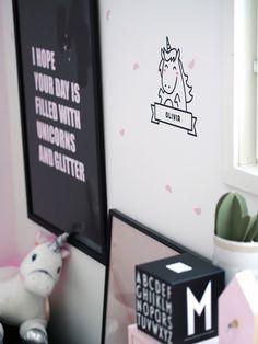 Pitkästä aikaa tulee postausta tyttären huoneesta, jossa on aina vaan enemmän vaaleanpunaista ja yksisarvisia! :)