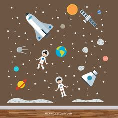 Questo set di decalcomanie astronauta farà una perfetta aggiunta a qualsiasi camera dei bambini, sala giochi o vivaio parete. Semplicemente la buccia e bastone per aggiungere stile e divertimento alle pareti del vostro bambino. ------------------------------------------- DIMENSIONI (larghezza approssimativa vs altezza): Dimensioni di ingombro: 90 x 90 pollici Space Shuttle: 18 x 27 pollici Capsula spaziale: 11,5 x 13,5 pollici Spazio ragazza: 12 x 18 pollici Space Boy: 12 x 18 pollici Sole…