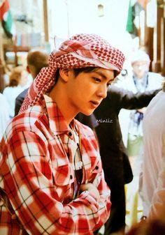 I want to go on a holiday with this man so badly ♡ Jin Jimin, Jhope, Bts Jin, Bts Bangtan Boy, Bts Taehyung, Seokjin, Kim Namjoon, Hoseok, Abaya Dubai