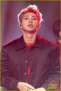 RM ❤ BTS New Year's Rockin' Eve! (Original photos and performance: justjared.com/photo-gallery/4006309/bts-new-years-eve-2018-46/) #BTS #방탄소년단
