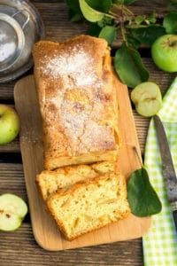 Moelleux aux pommes French Toast, Bread, Breakfast, Cakes, Food, Morning Coffee, Food Cakes, Eten, Pastries
