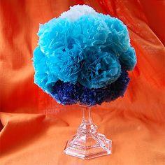 Go big and fluffy for the #wedding centerpieces with this #DIY Ombre Pom Pom #centerpiece tutorial!