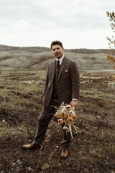Wildfires and a global Pandemic couldn't stop this Colorado Rocky Mountains wedding! Rose Wedding, Wedding Men, Dream Wedding, Groom Attire, Groom And Groomsmen, Modern Groom, Big Wedding Cakes, Sarah Seven, Stylish Suit