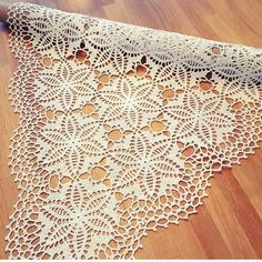ENGLISH PDF PATTERN Really beautiful this runner crochet pattern. Filet Crochet, Crochet Motif, Crochet Doilies, Knit Crochet, Crochet Tree, Crochet Round, Crochet Squares, Crochet Table Runner, Crochet Tablecloth