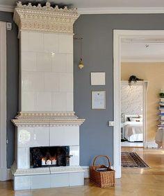Best 8 Scandinavian Style Fireplace Design Ideas For Inspiration – ROOMY Scandinavian Style, Scandinavian Fireplace, Modern Scandinavian Interior, Old Fireplace, Modern Fireplace, Fireplace Surrounds, Fireplace Design, Fireplaces, Fireplace Ideas