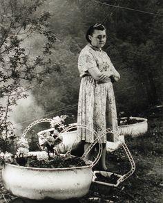 Kizzie at Flowerpots (1995) Shelby Lee Adams