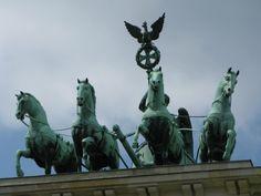 Brandenburger Tor Statue Of Liberty, Berlin, Germany, Brandenburg Gate, Statue Of Liberty Facts, Liberty Statue, Deutsch, Berlin Germany