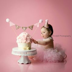 New CAKE Bunting flag banner and mini party hat set, pink and gold, pink and gold banner, birthday b First Birthday Hats, 1st Birthday Photoshoot, Baby Girl 1st Birthday, First Birthdays, Gold Birthday, Birthday Ideas, Twin Birthday Themes, Birthday Parties, 1st Birthday Pictures