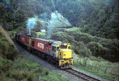 New Zealand Railways Locomotives Notched Up, Taranaki News Around The World, Around The Worlds, Kiwiana, Train Pictures, The Beautiful Country, Train Station, What Is Like, Locomotive, New Zealand