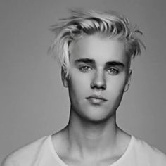 I Love tous eyes Justin Bieber Long Hair, Justin Bieber 2015, Justin Bieber Style, Justin Bieber Pictures, Ontario, Anna Nicole Smith, Celebrity Moms, Celebrity Style, Sarah Michelle Gellar
