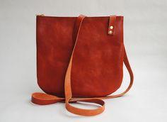 Umhängetasche, kleine Ledertasche // leather bag by june-shop via DaWanda