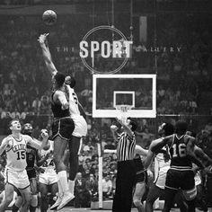 Jump ball. . . #basketball #nba #sports #sportshistory #photography #sportsphotography #art #sportsart #prints #fineartphotography #gallery #thesportgallery #vancouver #granvilleisland #toronto #distilleryto #newyork #westvillage