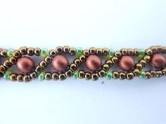 FREE beading pattern for Russian Snake chain, made with 11/0 seed beads (two colors), and 4mm satin copper pearls.