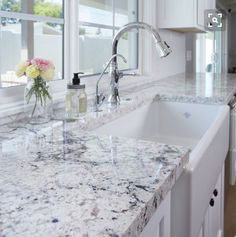 If you are looking for Granite Kitchen Countertops Ideas, You come to the right place. Below are the Granite Kitchen Countertops Ideas. This post about. White Granite Kitchen, White Granite Countertops, White Kitchen Cabinets, Granite Backsplash, White Ice Granite, Kitchen Sinks, Kitchen With Granite Countertops, Dark Cabinets, White Counters