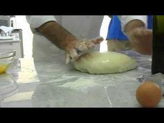 I Fratelli Susta della pizzeria Fiocco di Volla Napoli presentano la ricetta della pizza gluten free. L'impasto senza glutine richiede particolari accorgimen...