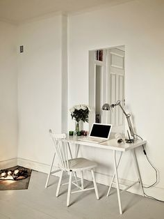 Simple Home Office! Home Decor Trends Furniture Accessories Paint Art Style Lighting