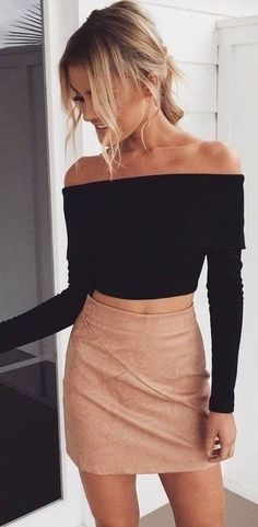 summer outfits Black Off The Shoulder Top + Black Leather Skirt