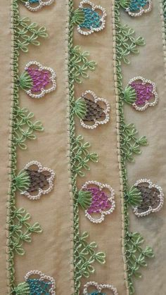 This Pin was discovered by nes Crewel Embroidery, Embroidery Patterns, Needle Lace, Bargello, Creative Art, Needlepoint, Tatting, Pattern Design, Needlework