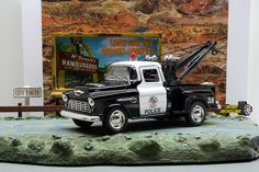 1:32 KINSMART 1955 CHEVY STEPSIDE POLICE TOW TRUCK Perfect for Diorama use #Kinsmart #Chevrolet
