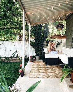 Summer backyard hangs