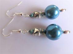 Oorbellen Azure Pearl glasparel, kristalglas facet rondellen, wavespacer en hartkraaltje. geheel verzilverd Swarovski, Pearl Earrings, Jewelry, Fashion, Armband, Pearl Studs, Jewlery, Moda, Jewels