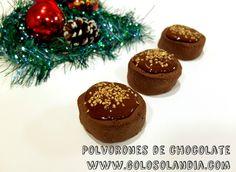 Haz tus propios polvorones de chocolate en casa. Receta navideña fácil , paso a paso.  http://www.golosolandia.com/2014/12/polvorones-de-chocolate.html