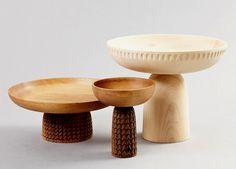 Accessori per la tavola e ciotole in legno, realizzate e intagliate a mano. Wooden tableware and bowls, hand-made and hand-carved. Nera, @monicaforsterds for Zanat http://www.zanat.org #vemlegno