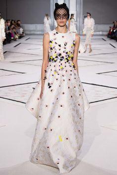 Giambattista Valli Spring 2015 Couture Fashion Show - Jacque Cantelli (Next)