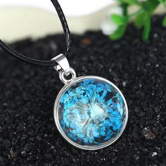 Real Blue Queen Dried Flowers Terrarium Necklace