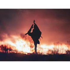 Brandon Woelfel (@brandonwoelfel) • Fotografii şi clipuri video Instagram Brandon Woelfel, Night Owl, Behind The Scenes, Sunrise, Shots, Darth Vader, Concert, Movie Posters, Photography